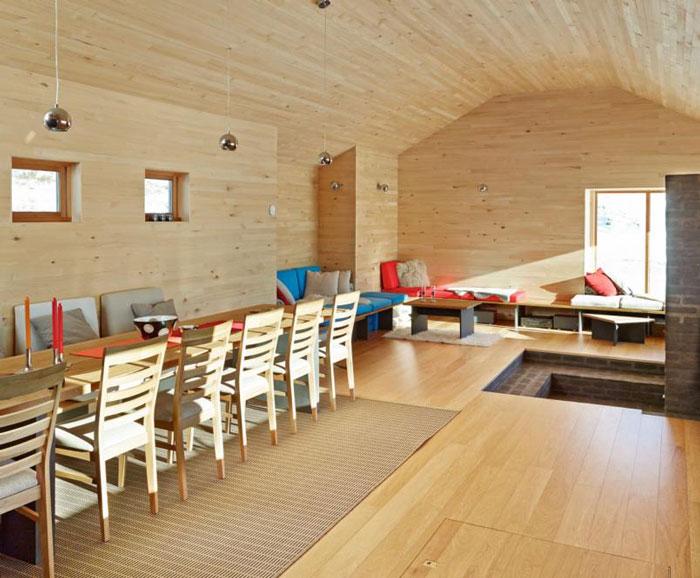 Norwegian-cabin-6