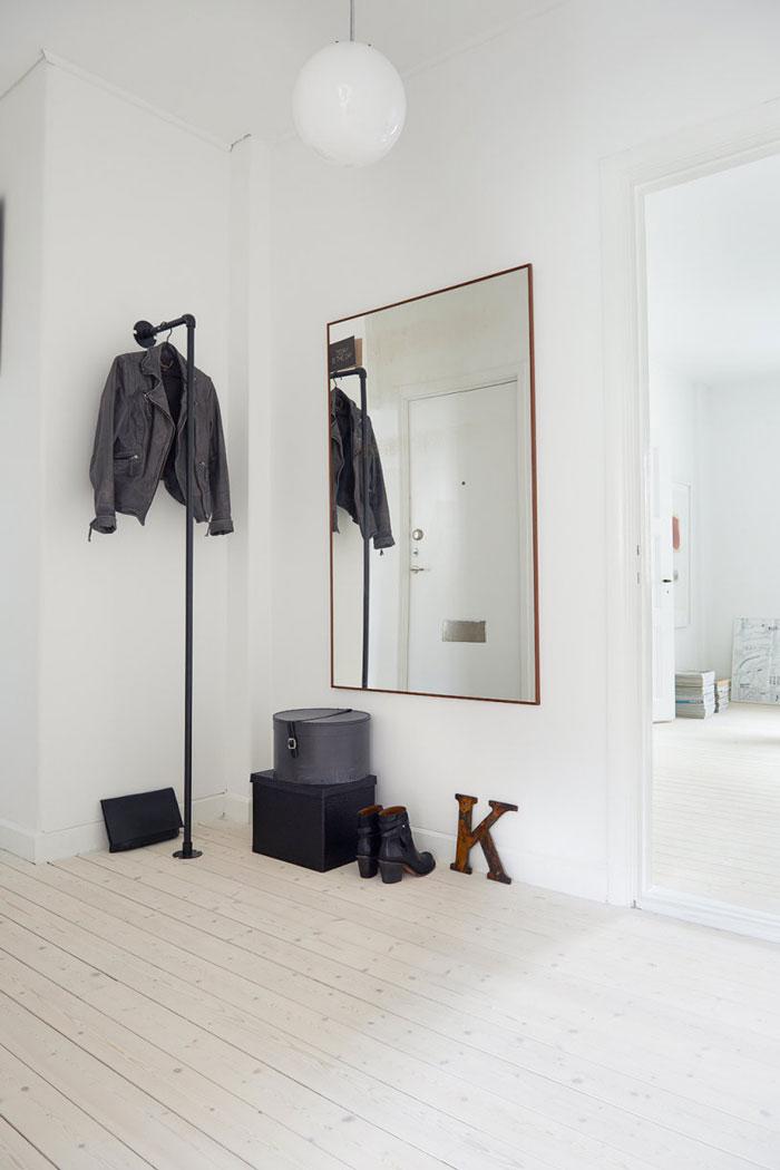 Charming-swedish-apartment-14