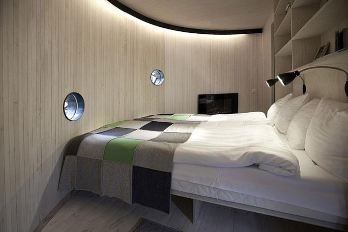 Treehotel-The-Birds-Nest-Lulea-Sweden-03