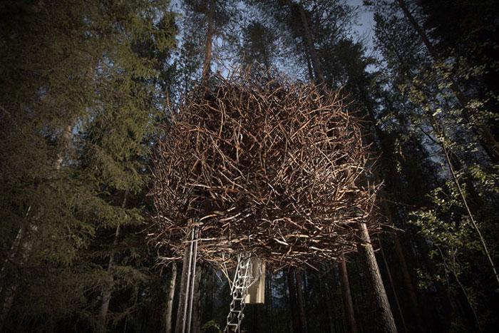 Treehotel-The-Birds-Nest-Lulea-Sweden-04