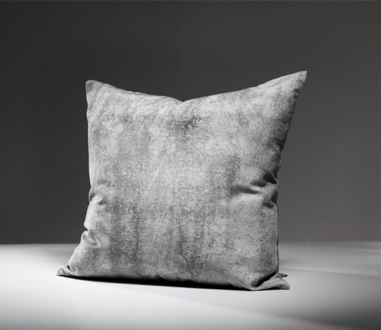 Tom-Haga-concrete-cushions-1