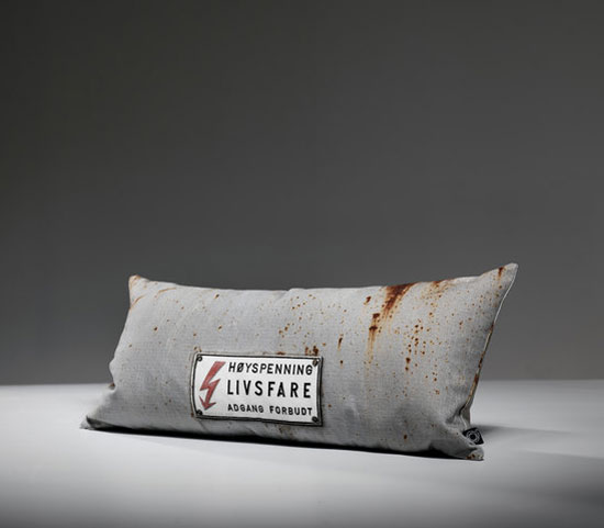 Tom-Haga-concrete-cushions-5