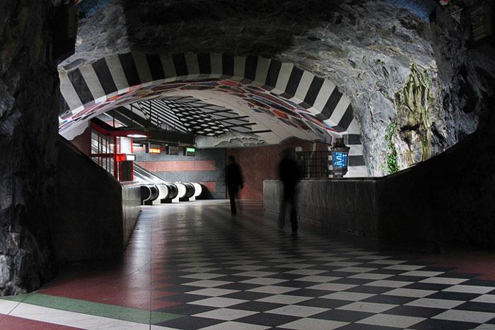 stockholm-subway-art-7