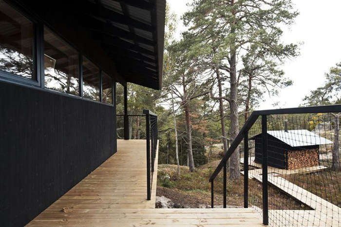 Wooden Cabin in the Swedish Archipelago_4