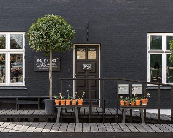 A café by Henrik Vibskov_4