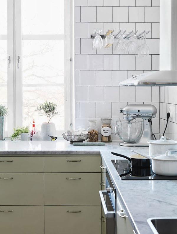 Beautiful-Mint-Kitchen-1