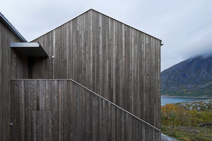 Vega Cottage in Norway_10