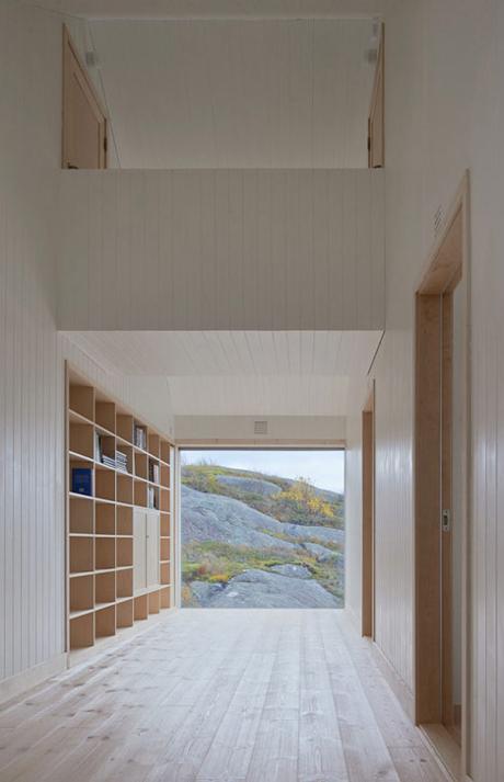 Vega Cottage in Norway_13