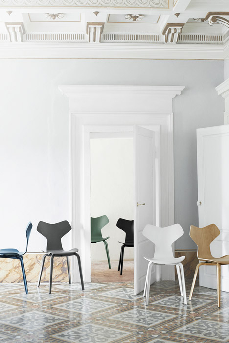 Iconic Arne Jacobsen chair reintroduced with a new twist_4