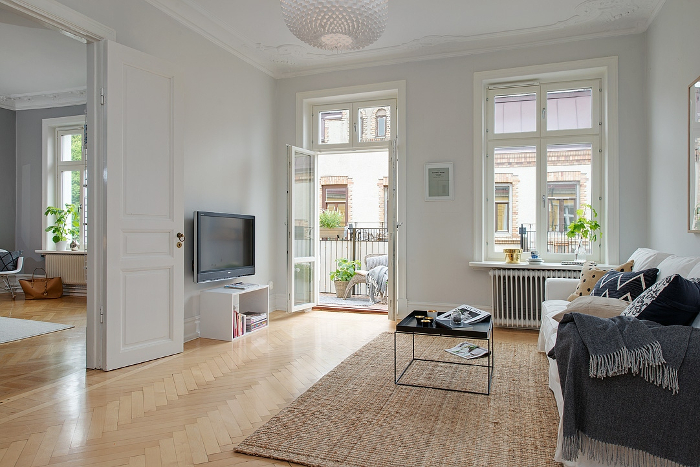 Pretty White and Grey Apartment in Sweden_6
