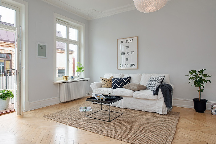Pretty White and Grey Apartment in Sweden_7