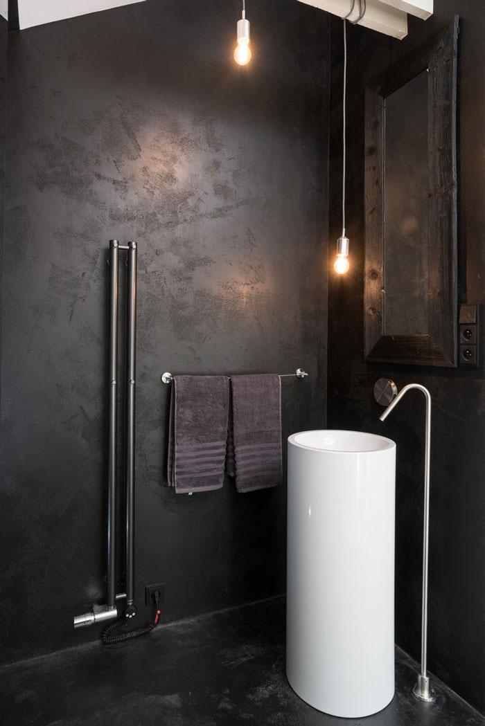 Black-White-Interior-1