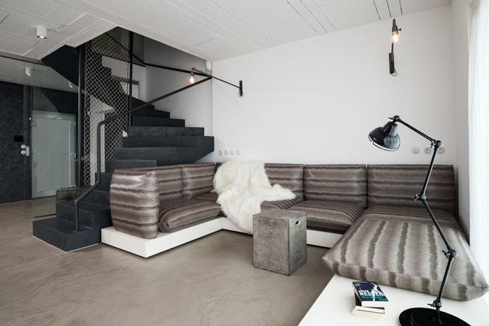 Black-White-Interior-9