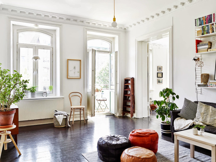 Bohemian black and white apartment in Sweden_6