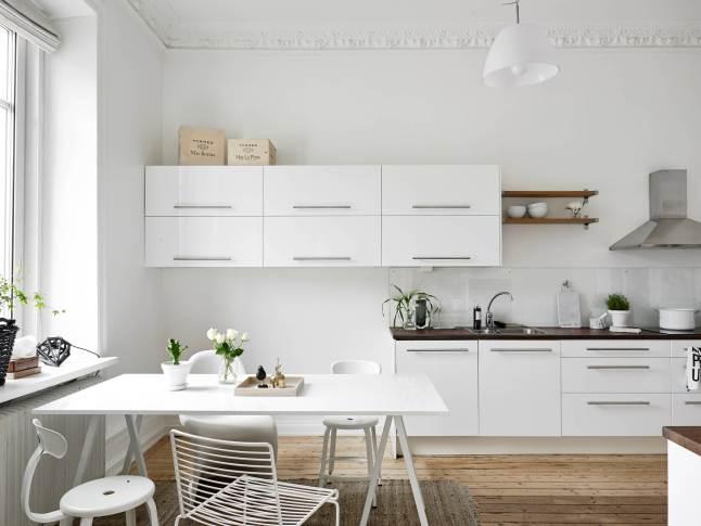 Elegant and light apartment_5