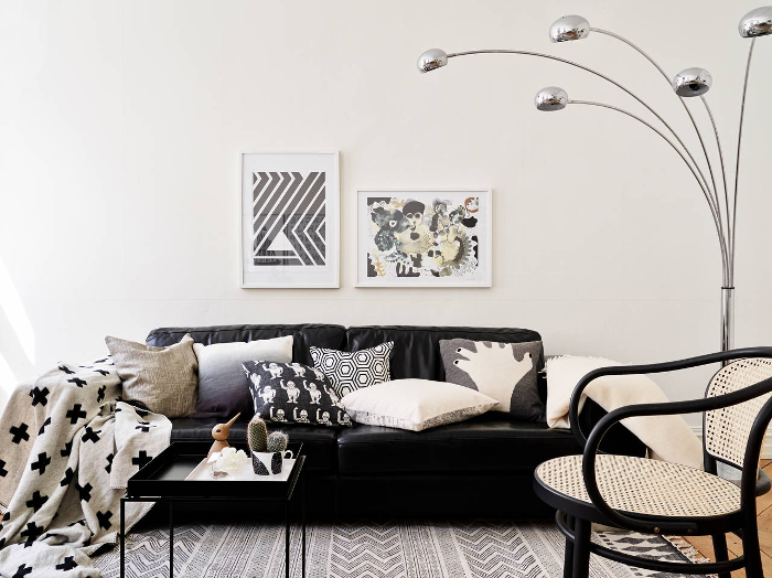 Stylish monochrome apartment in Sweden_1