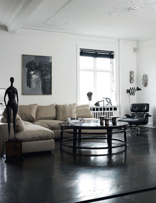 Beautiful Copenhagen Apartment Filled with Mid-Century Designs_1