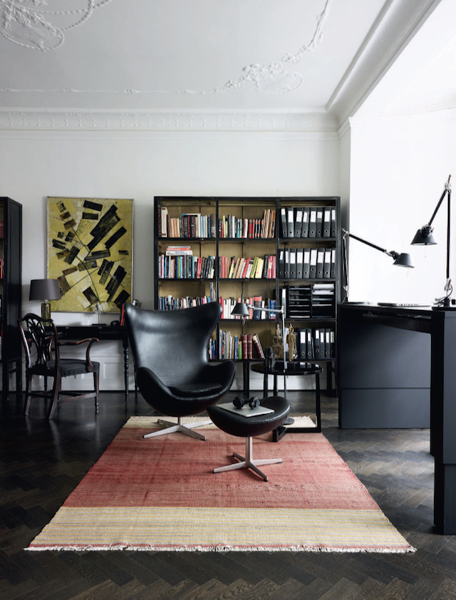 Beautiful Copenhagen Apartment Filled with Mid-Century Designs_2