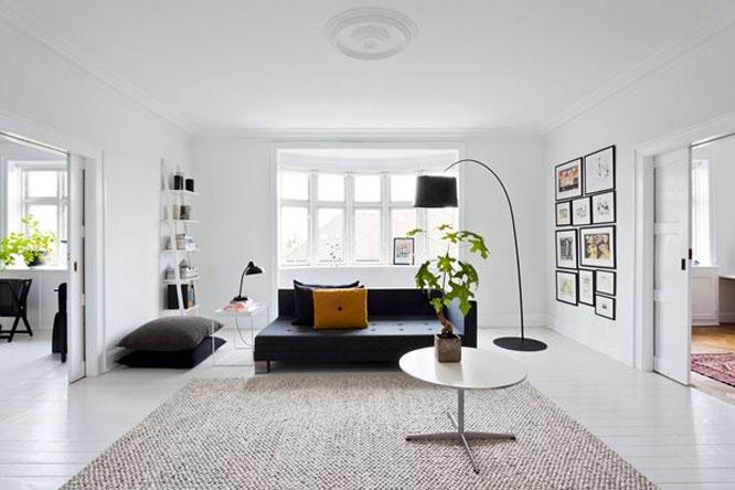 Black-and-White-home-of-Rikke-02