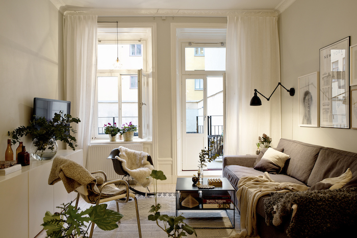 A warm and charming Swedish apartment_2