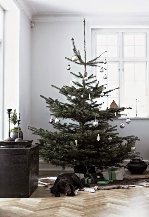 Effortless-Chic-Christmas-Decor-04