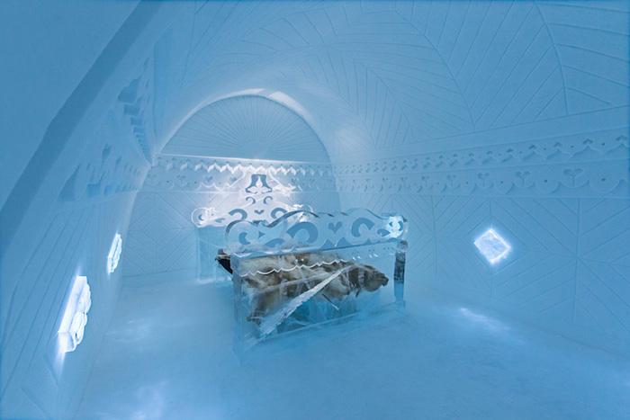 Inside the 25th icehotel in Jukkasjarvi_5