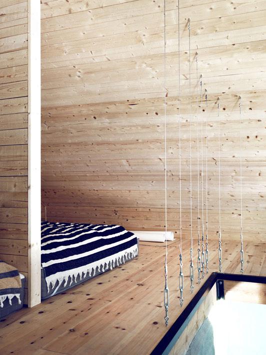 Summerhouse-shot-by-Jonas-Ingerstedt12