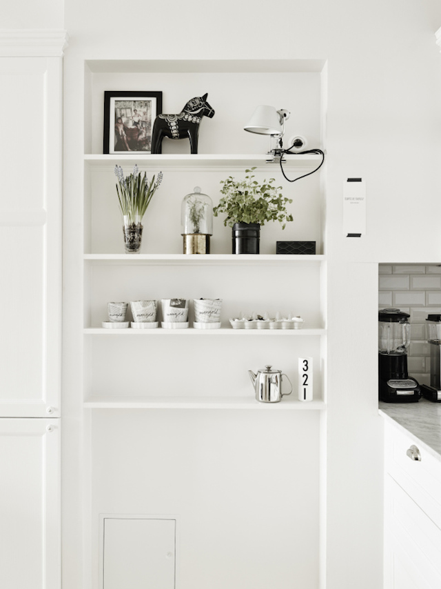 A calm and serene apartment with a neutral palette_5