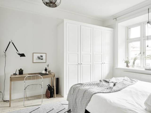 A calm and serene apartment with a neutral palette_8