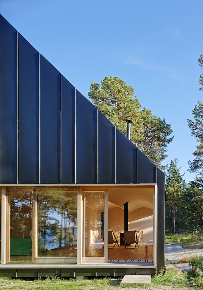 House Husaro in the Swedish Archipelago_12