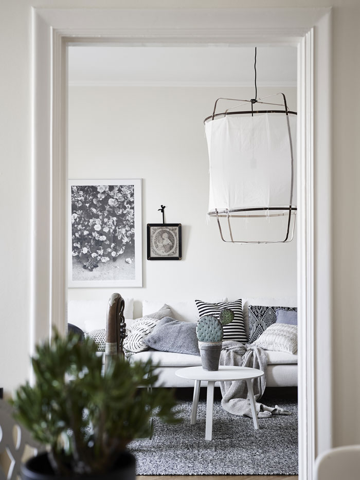 Pretty-and-eclectic-Gothenburg-apartment-03