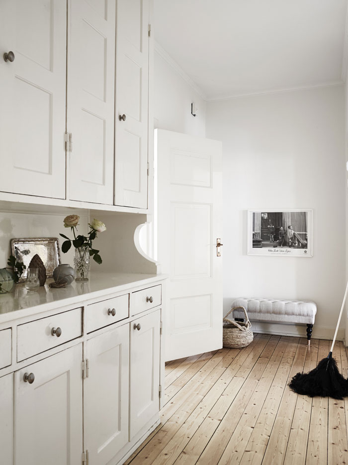 Pretty-and-eclectic-Gothenburg-apartment-05