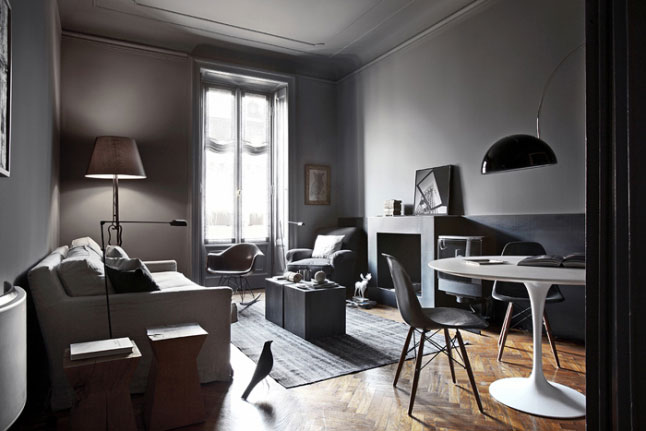 Dark-and-moody-home-10