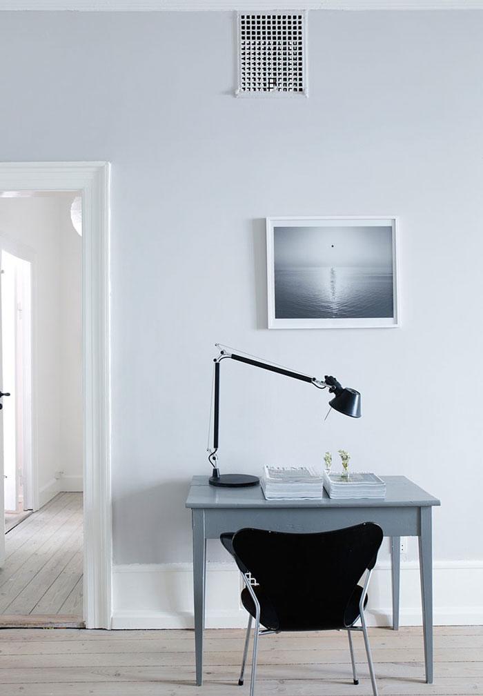 Airy-and-Nordic-Copenhagen-Apartment-09