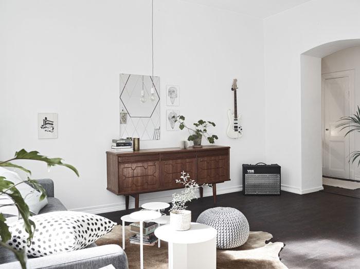 Beautiful-Swedish-studio-filled-with-design-07