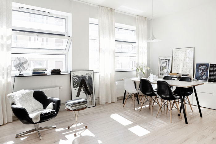 Black-and-white-studio-apartment-01