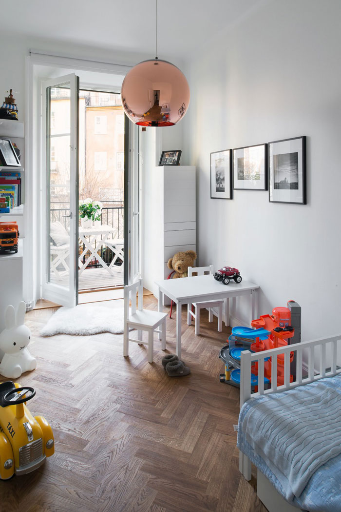 Chic-and-colorful-apartment-in-Stockholm-08