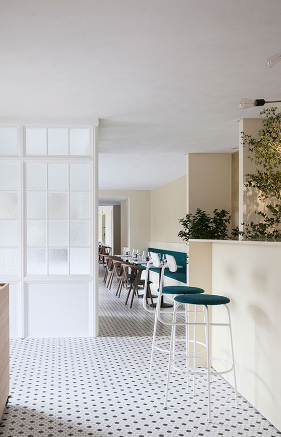 Italy-Restaurant-Norm-Architectes-01