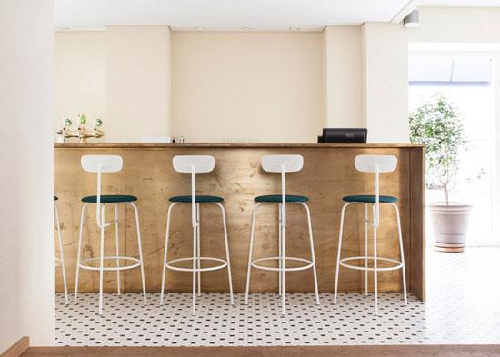 Italy-Restaurant-Norm-Architectes-06
