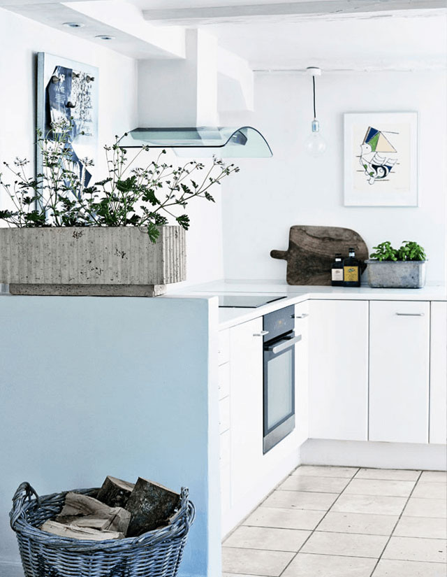 Lovely-eclectic-fishermans-cottage-05