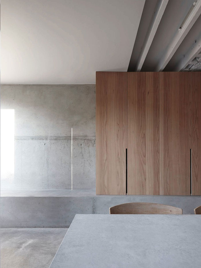 Concrete-and-wood-home-03