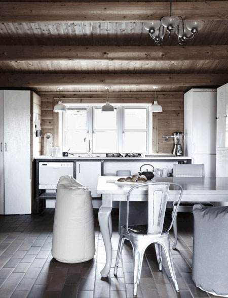 Danish-wooden-cottage-02