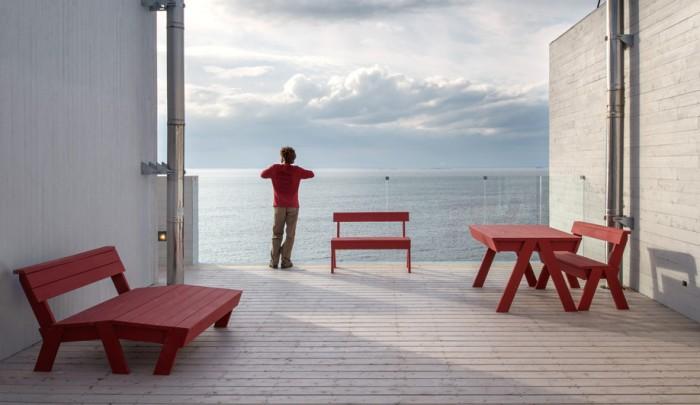 Azure-Todd-Saunders-Breathtaking-Fogo-Island-Inn-03