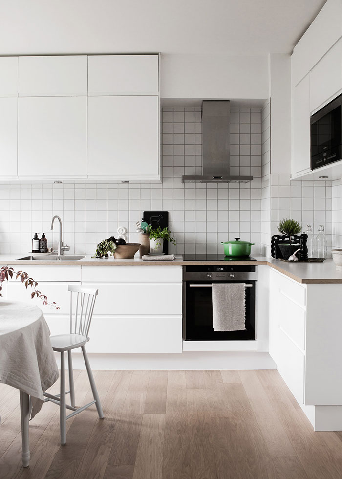 Bright-Scandinavian-Family-Home-02