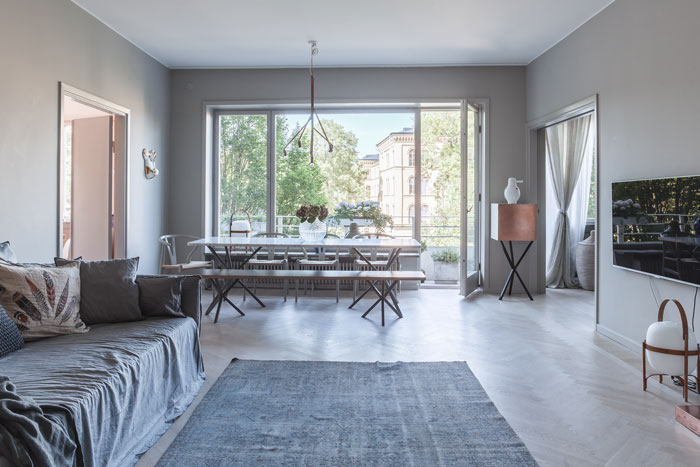 Grey-Apartment-with-Copper-Accents-02