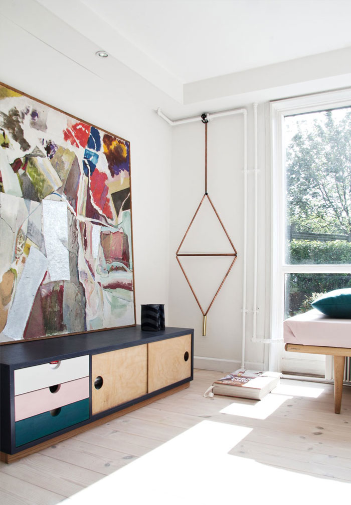 Home-filled-with-design-colors-and-art-10