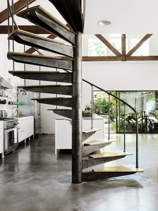 Hamptons-Home-with-Vipp-Kitchen-05