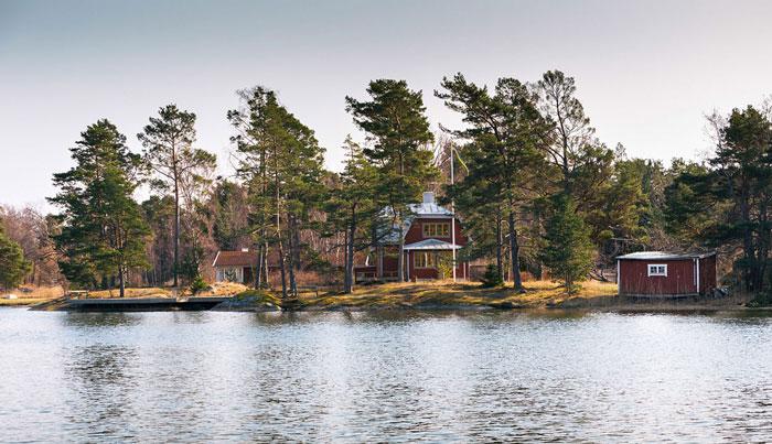 Swedish-Countryside-Homes-01