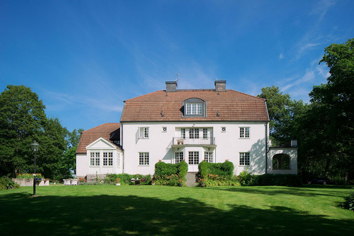 Swedish-Countryside-Homes-02