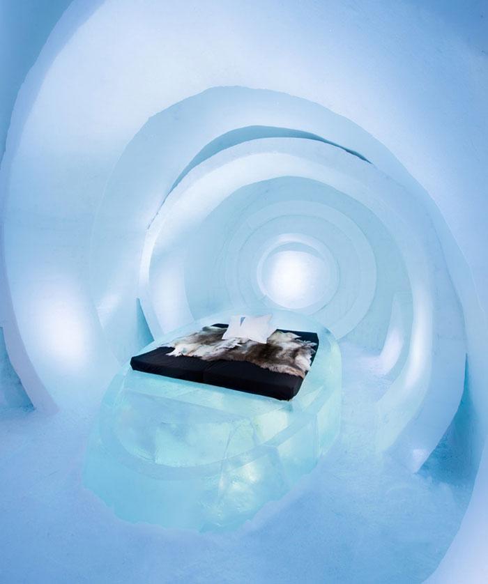 2015-Icehotel-Sweden-01
